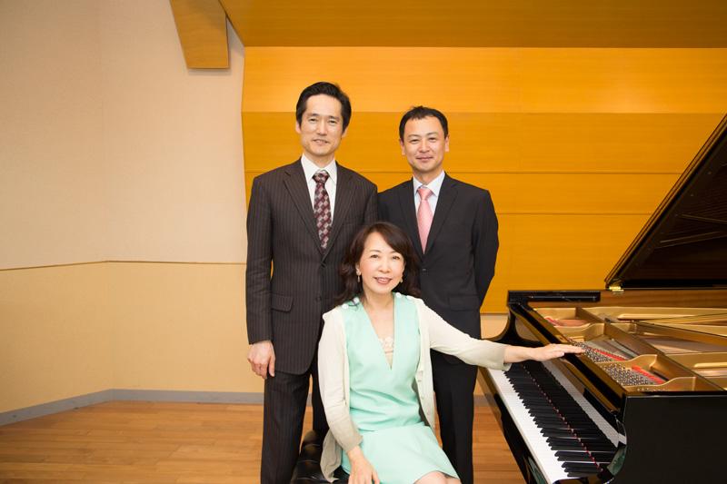 福田専務理事(左)、楠原祥子様(中央)、後藤英夫(右)